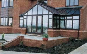 T-shape conservatory